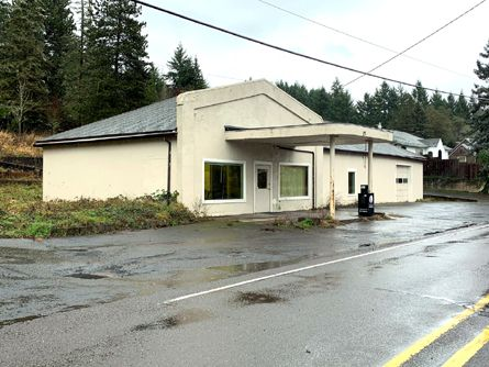 2480 SF Vacant Commercial Building